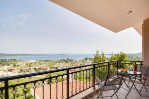 Sea View Villas, Apartmány  Vourvourou - big - 52