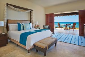 One-Bedroom Suite - Ocean Front