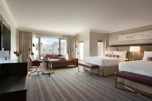 Fairmont Gold Signature Double Room