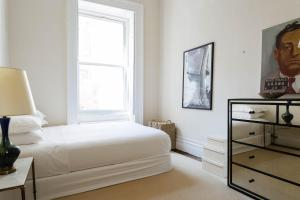 Three-Bedroom Apartment - Gramercy Park South
