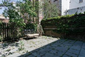 Three-Bedroom Apartment - Wythe Avenue Townhouse