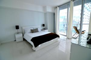 One Bedroom Apartment with City Views