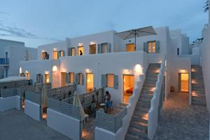 Porto Naoussa - Adults Only
