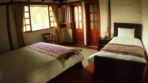 Standard Triple Room (1 Queen Bed, 1 Single Bed)