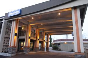 Photo of Lions Gate Travelodge