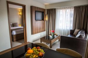Family Junior Suite (2 Adults + 2 Children)
