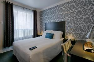 Budget One Double Bed Room