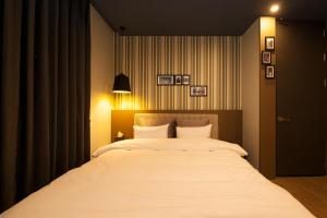 Hotel Gray, Hotels  Changwon - big - 35