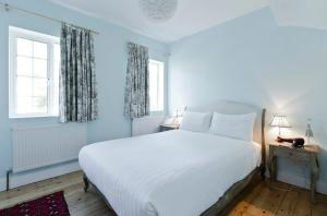 Homestay Huntingfield Road in London, Greater London, England