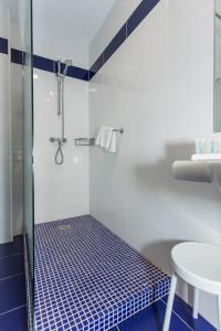 Superior Double or Twin Room with Terrace (2 Adults + 2 Children)