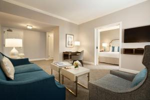 Deluxe Executive King Suite