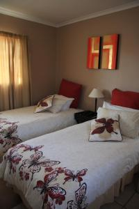 Attaché Guest Lodge & Health Spa  room photos