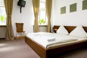 Hotel Pension Lugano - Munich