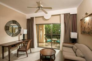 Junior Suite (1 Adult)