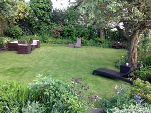 Willow Cottage B&B in Yeadon, West Yorkshire, England