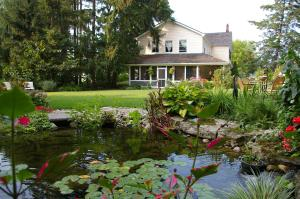 Photo of Royal Manor Bed & Breakfast