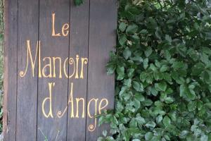 B&B Le Manoir d'Ange, Bed and breakfasts  Ferrières - big - 42