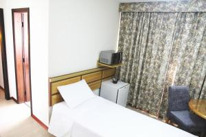 Luxury Triple Room with Single Beds