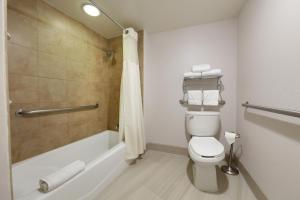 Deluxe Double Room - Accessible