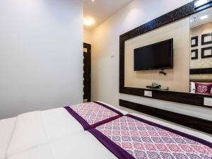 OYO Rooms CST Near Mumbai GPO