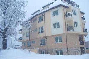Photo of River Lodge Apartments
