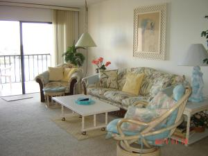 One-Bedroom, One and Half Bath Apartment Intracoastal View - Premium