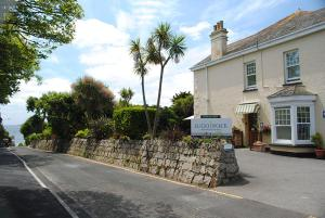 Lugo Rock Guest House in Falmouth, Cornwall, England