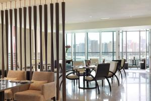 Four Seasons Hotel Abu Dhabi at Al Maryah Island - 9 of 48