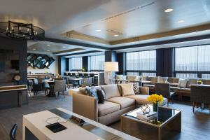 One-Bedroom Suite - Club Level