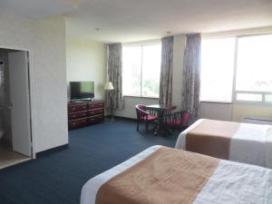Business Double Room with Two Double Beds