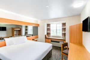 Standard King Room - Disability Access/Non-Smoking