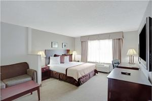 Baymont Inn and Suites, Hotely  Reno - big - 15