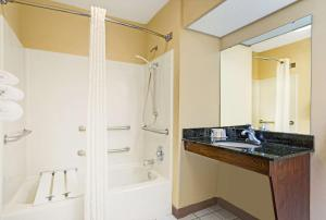 Double Room - Disability Access - Non-Smoking
