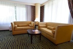 Corner King Room with Sofa Bed