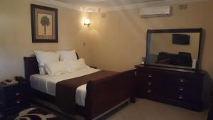 Samfred Garden Hotel, Hotels  Chingola - big - 3