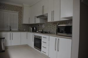 Frinton on Sea4, Apartmanok  Ballito - big - 24