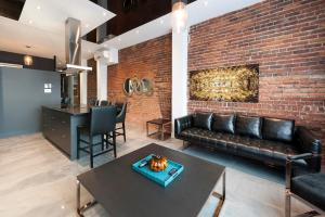 One-Bedroom Loft 1203