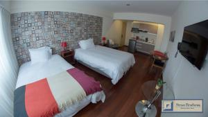 Red Flat Twin Room