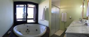 Triple Room with Bath