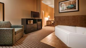 King Suite with Whirlpool - Non smoking