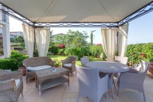 La Suite del Faro, Bed & Breakfast  Scalea - big - 57