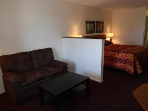 Windcrest Inn and Suites, Мотели  Fredericksburg - big - 3
