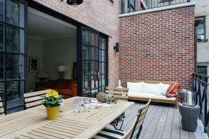 Six-Bedroom Apartment - West 17th Townhouse II