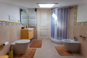 La Suite del Faro, Bed & Breakfast  Scalea - big - 21