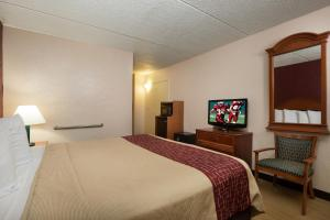 Deluxe King Room - Non-Smoking/Disability Access