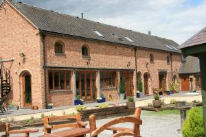 Hungry Bentley Barn bed and breakfast in Ashbourne, Derbyshire, England