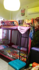 Orasa Homestay, Homestays  Sattahip - big - 19