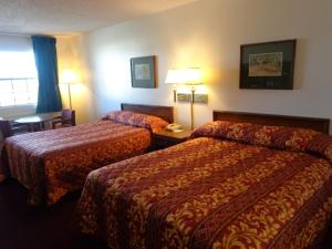 Windcrest Inn and Suites, Motel  Fredericksburg - big - 9