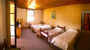 Quadruple Suite Master