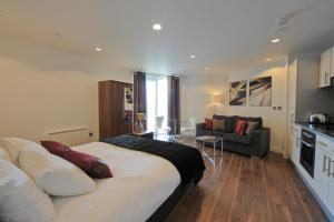 TheHeart Serviced Apartments - 16 of 24